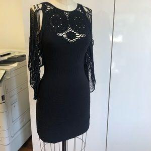 Bebe body con dress. Beautiful sleeve detail